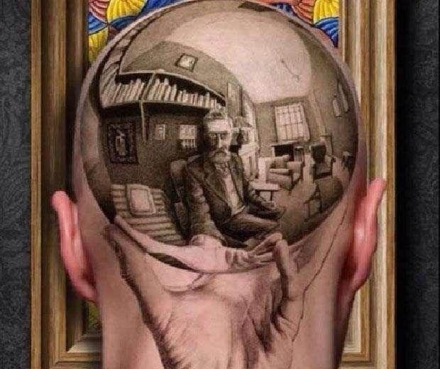 Resultado de imagen para tatuaje de mano con esfera reflectante
