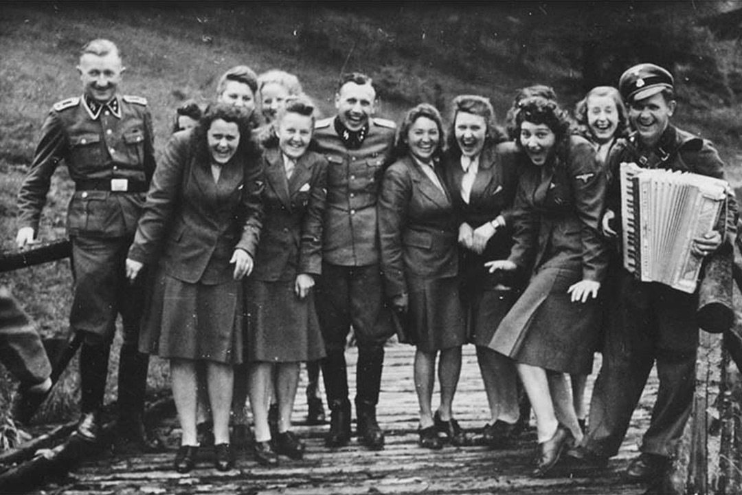 fotografias_historicas_oficiales_secretarias_nazi